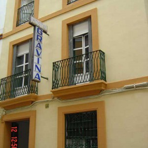 Pensiones económicas en Sevilla con Pensión Gravina